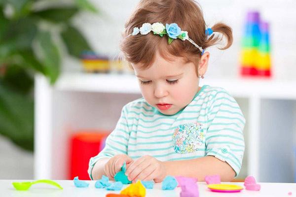 بهترین اسباب بازی برای دختر 5 ساله