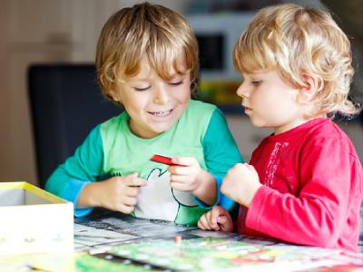اسباب بازی برای پسر 3 ساله