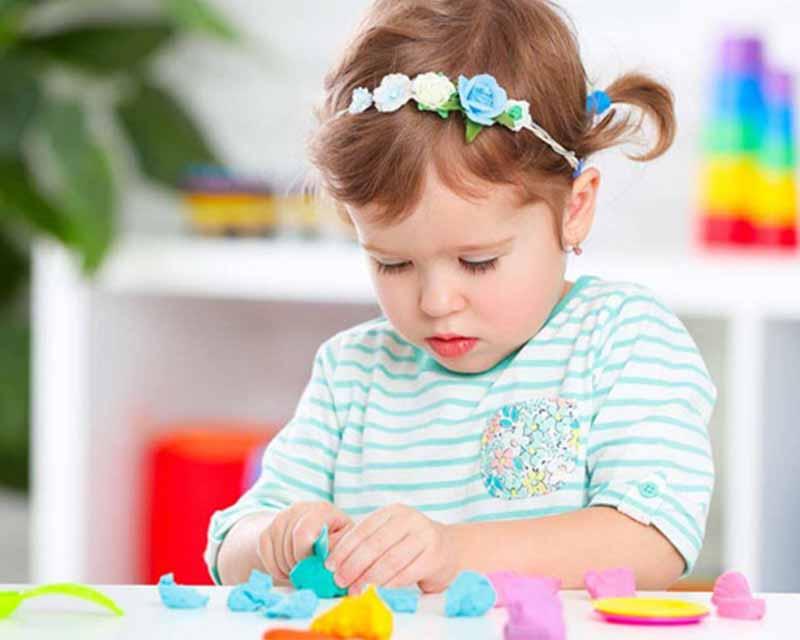 بهترین اسباب بازی برای دختر ۵ ساله