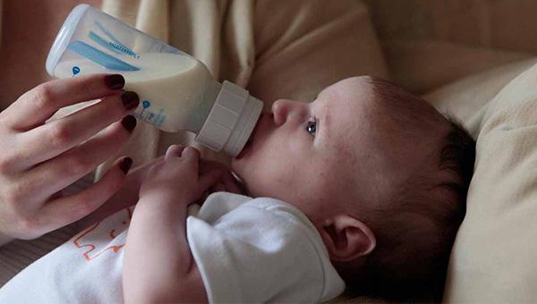 بهترین شیشه شیر ضد نفخ
